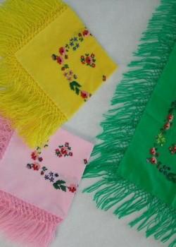 chusty-recznie-haftowane